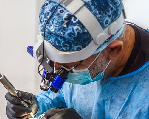 The surgeons of the hair transplant center in Avignon - France